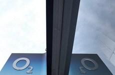 Tỷ phú Hong Kong chi hơn 15 tỷ USD mua lại nhà mạng O2 của Anh