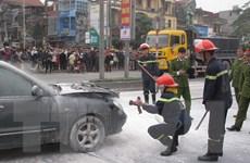 Bà Rịa-Vũng Tàu: Ôtô bốc cháy dữ dội, 1 người chết trong xe