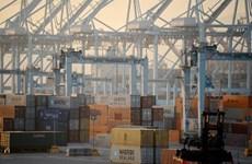 Thâm hụt thương mại của Mỹ giảm nhờ xuất khẩu tăng mạnh