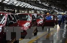 Thị trường ôtô Trung Quốc giảm sút sau khi chứng khoán tụt dốc