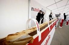 Bánh mỳ Pháp xô đổ kỷ lục chiếc bánh mỳ dài nhất của Việt Nam