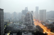 Hiện trường vụ dùng mìn đánh sập tòa nhà cao hơn 100m ở Trung Quốc