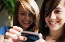 Giới trẻ Mỹ vẫn sử dụng Facebook dù không còn mặn mà
