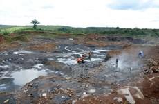 Đắk Lắk: Nổ mìn phá đá làm nứt nhà dân, đe dọa đập thủy lợi