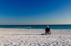 Câu chuyện khám phá thế giới của cụ bà 90 tuổi mắc bệnh ung thư