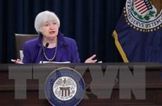 Fed giữ nguyên lãi suất và hạ dự báo triển vọng kinh tế Mỹ