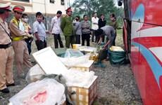 Quảng Nam: Xe khách giường nằm vận chuyển 200kg thịt thối