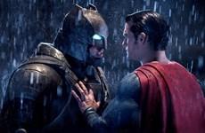 Doanh thu của Batman vs. Superman giảm kỷ lục trong tuần thứ 2