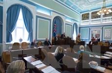 Chính phủ Iceland vượt qua cuộc bỏ phiếu bất tín nhiệm