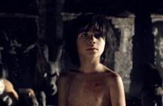 Jungle Book dẫn đầu tuần thứ hai liên tiếp, Huntsman gây thất vọng