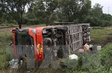 Xe khách gặp nạn trên cao tốc Pháp Vân–Cầu Giẽ, 11 người thương vong