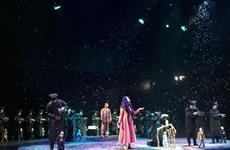 """Kịch rối dây """"Vịt trời trúng độc"""" lên sân khấu Nhà hát Tuổi trẻ"""