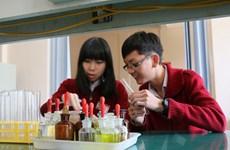 Nghiên cứu điều trị ung thư của hai học sinh Việt đoạt giải quốc tế