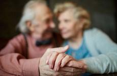 """Tám bí quyết giúp duy trì hôn nhân đến """"đầu bạc răng long"""""""