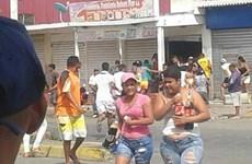 Cảnh sát Venezuela bắt giữ 400 người gây bạo loạn tìm thực phẩm