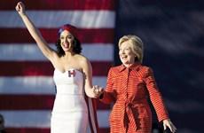 """Bà Hillary vận dụng """"công thức Obama"""" cho chiến dịch tranh cử ra sao?"""