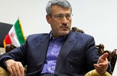 Iran tuyên bố sẽ không bao giờ từ bỏ chương trình tên lửa