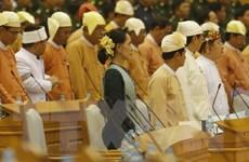Bà Aung San Suu Kyi gặp đại diện các nhóm sắc tộc vũ trang