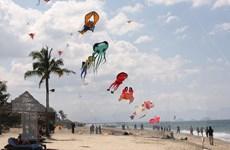 """Bãi biển Cửa Đại được đánh giá là có chi phí """"rẻ nhất thế giới"""""""