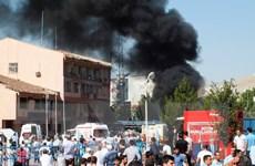 Đánh bom xe ở miền Đông Thổ Nhĩ Kỳ, hàng trăm người thương vong