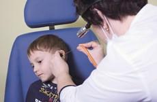 Phương pháp điều trị viêm tai giữa ở trẻ mà không cần uống kháng sinh