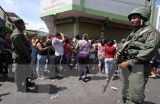 Venezuela và Colombia mở cửa biên giới cho xe thương mại