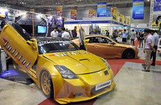 Lượng ôtô nhập khẩu giảm vì chờ chính sách của Nhà nước