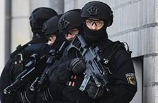 Nghi can khủng bố bị bắt ở Berlin nhận lệnh tấn công từ IS ở Syria