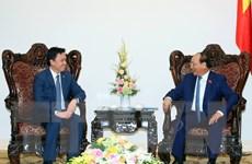 Thủ tướng Nguyễn Xuân Phúc tiếp Đại sứ Campuchia, Singapore