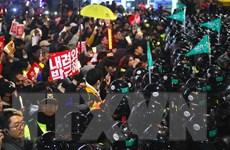 Hàn Quốc: Phe đối lập sắp bỏ phiếu đề nghị luận tội Tổng thống