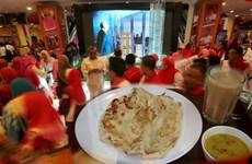 Thủ tướng Malaysia tài trợ bữa sáng miễn phí cho 5.000 người mỗi ngày