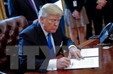 Chính quyền Trump cấm công chức chính phủ liên bang tự do ngôn luận