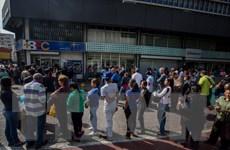 Peru cấp thị thực cho hàng nghìn người Venezuela rời đất nước