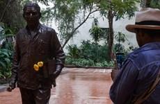 """Khánh thành tượng đồng của tác giả """"Trăm năm cô đơn"""" tại Cuba"""