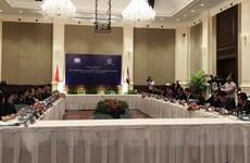Hai ngân hàng trung ương Việt Nam-Campuchia tăng cường hợp tác