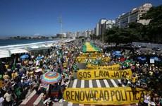Biểu tình rầm rộ phản đối nạn tham nhũng hoành hành tại Brazil