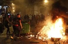 Người biểu tình Paraguay đột nhập, đốt cháy trụ sở quốc hội