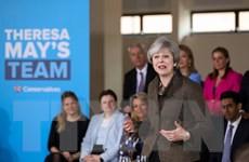 Bà May tìm kiếm sự ủng hộ của cử tri bằng việc giảm giá năng lượng