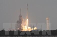 SpaceX đưa thành công 10 vệ tinh viễn thông lên quỹ đạo