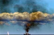 Thuyền buồm bất ngờ nổ tung tại Đức, nhiều người bị thương