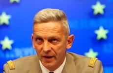 Tổng thống Pháp thay Tổng tham mưu trưởng lực lượng vũ trang