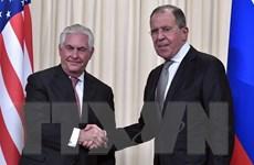 """Quan hệ ở mức """"rất nguy hiểm,"""" Ngoại trưởng Nga-Mỹ điện đàm"""