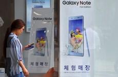 """Samsung giữ vững """"ngôi vương"""" trên thị trường điện thoại thông minh"""