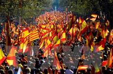 Tây Ban Nha bãi bỏ các đạo luật ủng hộ trưng cầu dân ý Catalonia