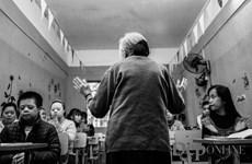 Bà giáo 83 tuổi Hồ Hương Nam: Tôi đi dạy để biết mình đang… sống