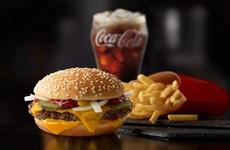 """McDonald's """"thổi lửa"""" cho cuộc chiến đồ ăn nhanh tại Mỹ"""