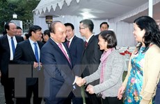 Thủ tướng gặp gỡ cán bộ, nhân viên Đại sứ quán Việt Nam tại Ấn Độ