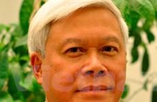 Nhà thơ Nguyễn Huy Hoàng: Về cùng nước Việt của ta!