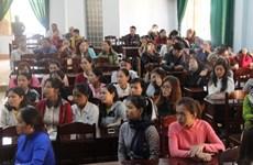 Bao giờ mới giải quyết được vụ hơn 500 giáo viên mất việc ở Đắk Lắk?