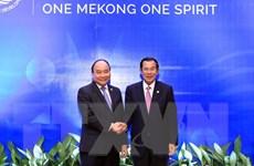 Thủ tướng Nguyễn Xuân Phúc tiếp Thủ tướng Campuchia Hun Sen